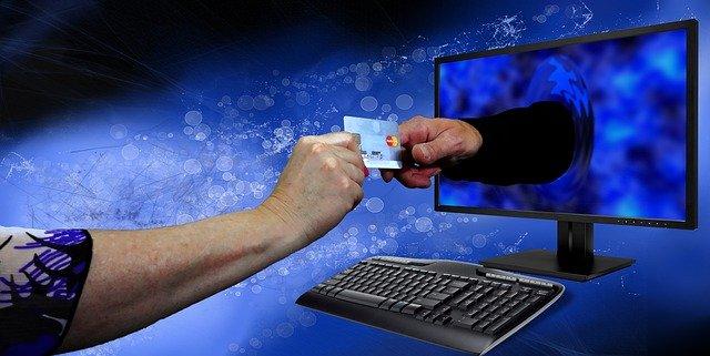 Wie funktioniert die Beantragung einer virtuellen Kreditkarte mit Kreditrahmen ohne Bonitätsprüfung genau?
